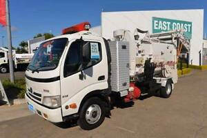 HINO DUTRO 816 ** GARBAGE COMPACTOR ** #4889 Archerfield Brisbane South West Preview