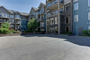 Whyte Ave Top Floor Condo. Close to everything, must view!!