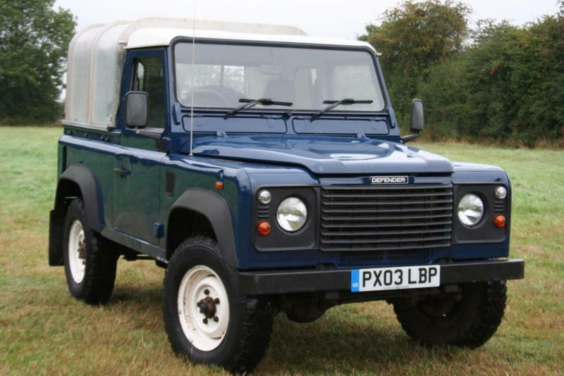 Land Rover Defender 90 Td5 Pick Up In Aylesbury