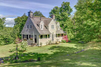8.6 acres, beautiful view and charming home Laurentides Québec Preview