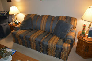 Beautiful Sofa/couch!