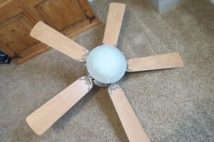 Ceiling fan with light- excellent condition