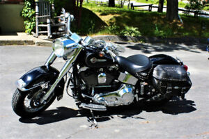 GREAT HARLEY - 2004 ROAD KING/SOFT TAIL - CUSTOM MODIFIED