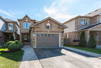 Gorgeous & Affordable 2 Storey Home, Move In Ready! 87 Breeze Dr