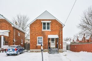 OPEN HOUSE SAT & SUN - Well Maintained Family Home!