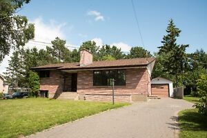 ***117 ROCKWOOD AVENUE NORTH *** GREAT FAMILY HOME!!!!***