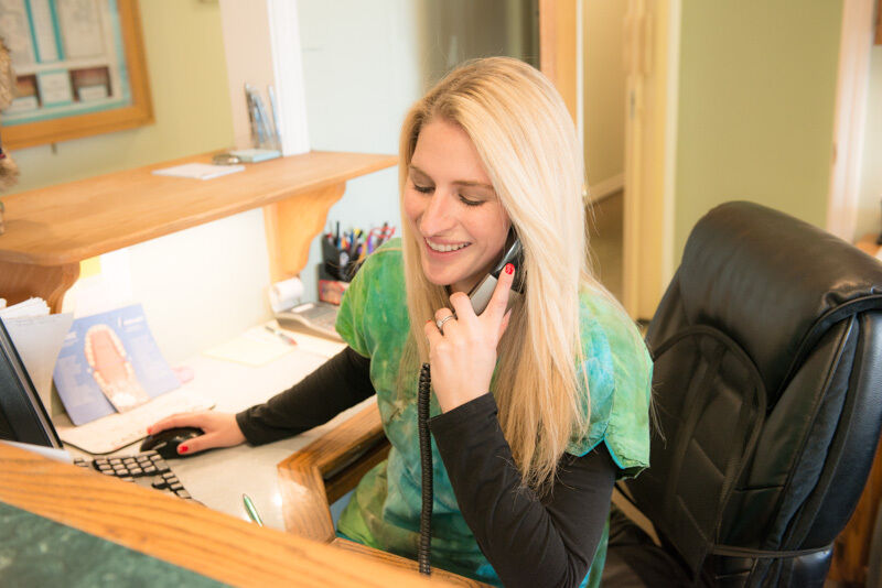 Dental Receptionist Jobs Waiting!! Become A Dental Receptionist