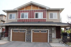 3 bed 2.5 bath new townhouse in family friendly West Springs SW