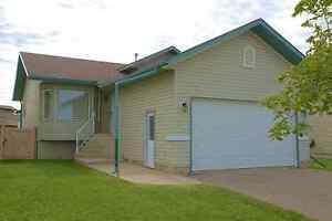 Bright, Clean, Spacious, Comfortable! NEW LISTING