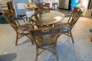 """42"""" glass table top Rattan table w/ 4 chairs"""