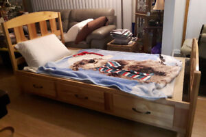 Twin Size Mates Bed - Solid Maple