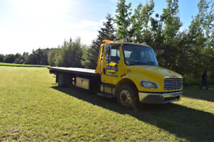 2007 Freightliner M2 Tow Truck