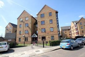 TWO MINS TO BOW ROAD STATION TWO BED APARTMENT AVAILABLE TO RENT -CALL TO VIEW!