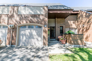 3 Bedroom Executive Townhome in Willowdale area in Toronto!