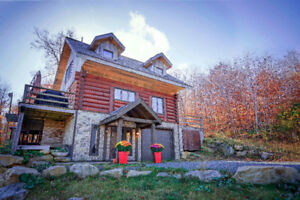 Chalet a louer 900$/week-end , 5 chambres, 16 pers.