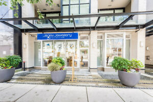 Prime custom retail office in the heart of Vancouver's downtown!