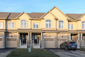 Brand New 3 Level, 4 Bedroom Town Home for Lease in Stoney Creek
