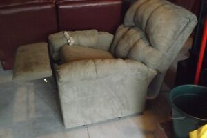 Lift Chair and Recliner Kingston Kingston Area image 2