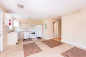 ALL UTILITIES INCLUDED 4 BR FLAT STEPS FROM DAL, SMU & DOWNTOWN