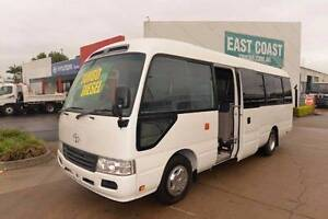 TOYOTA COASTER DELUXE ** CHARTER BUS ** LOW KLM ** #4973 Archerfield Brisbane South West Preview