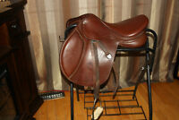 "17"" Bates Close Contact Jumper Saddle w leathers and irons"
