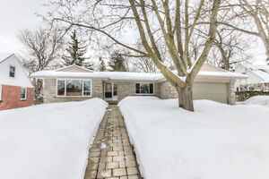 3+2 Bedroom Bungalow Located On A Large In Town Lot.