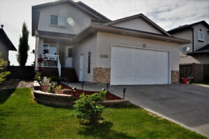 REDUCED $10,000!! 1630sq.ft- 5 bed/3.5 bath home!