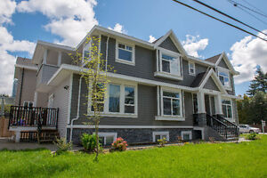 Openhouse: Sunday June 25 1-4  Beautiful Corner lot 7 bdrm home!