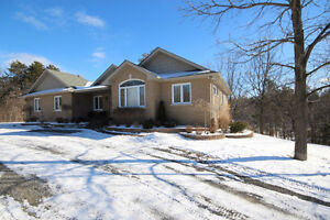 Private and beautiful, 2+1 bedroom bungalow - 5169 Highway 15
