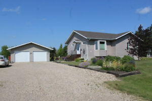 3 Bedroom Bungalow Built in 2005 for Sale in Inglis, MB!