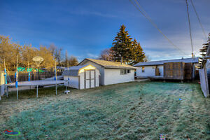 Move-in ready fully renovated 2bed/1bath home w/ a garage! Regina Regina Area image 10