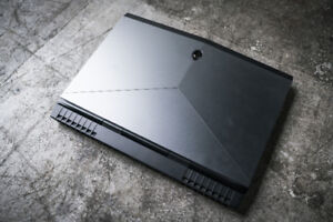 Price Reduced! New Gaming Laptop Alienware 15 - i7, gtx1070, UHD