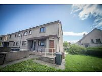 5 bedroom flat in Craigievar Crescent, , Aberdeen, AB10 7DE
