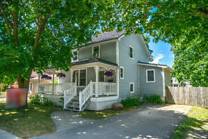Orillia-Lovely West Ward Home