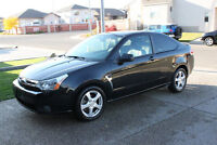 2008 Ford Focus SES (2 door) - LEATHER! SUNROOF! WELL MAINTAINED