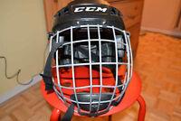 Casque de hockey CCM enfant 3-5 ans avec la grille
