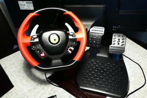 USB Thrustmaster Ferrari 458 Spider Racing wheel + pedals (XBOX)