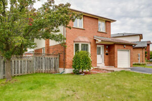 HOUSE FOR RENT IN OAKVILLE  NEAR SHERIDAN COLLEGE