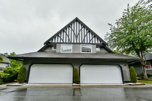 DUPLEX STYLE TOWNHOUSE IN PORT COQUITLAM - OPEN HOUSE SATURDAY