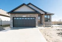 227 Meadowlark Lane, Sarnia - Beautiful Quality Built Model Home
