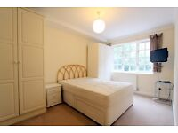 FLAT SHARE - DOUBLE ENSUITE BEDROOM FURNISHED WITH MOST BILLS INCLUDED IN LONDON BRIDGE