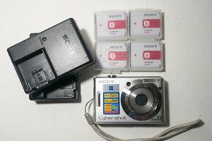 Sony Cyber-shot DSC-W35 7.2 MP Digital Camera - Silver