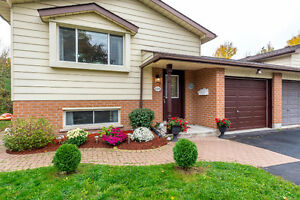 RevineLot-Beautiful 2+2 Raised Bungalow W/O Finished Bsmt Apt