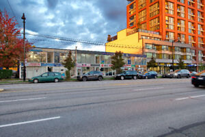 BRAND NEW RENOVATED UPPER LEVEL UNIT AVAILABLE FOR LEASE