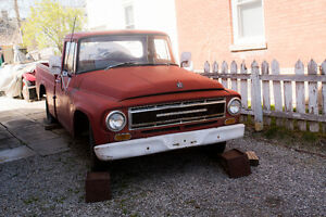 1967 International 1/2 ton short box pick up truck