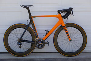 Giant Propel (Please contact by phone)