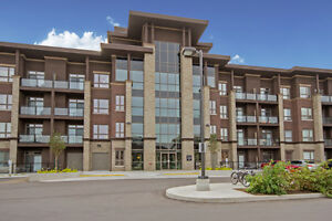 Condominium In Burlington 1 Bedroom Plus Den