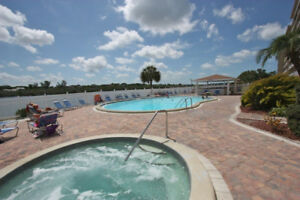 Indian Shores 2 bdrm 5 star $800 wk May 6-26