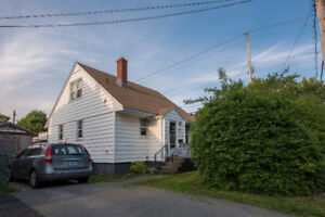 House for rent in the West End- 2bdrm + den, 2 bath