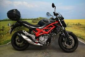 Suzuki SFV650 Gladius 2013 *Top box Heated grips Engine bars*